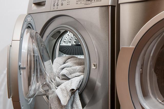 pračka v prádelné