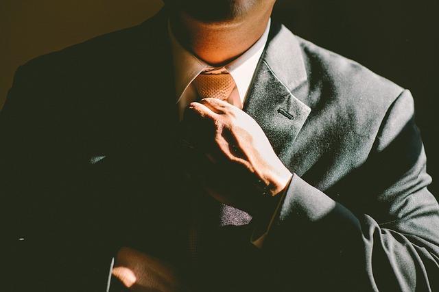 nastavení kravaty