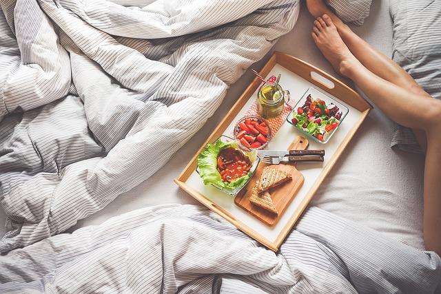 tác se snídaní