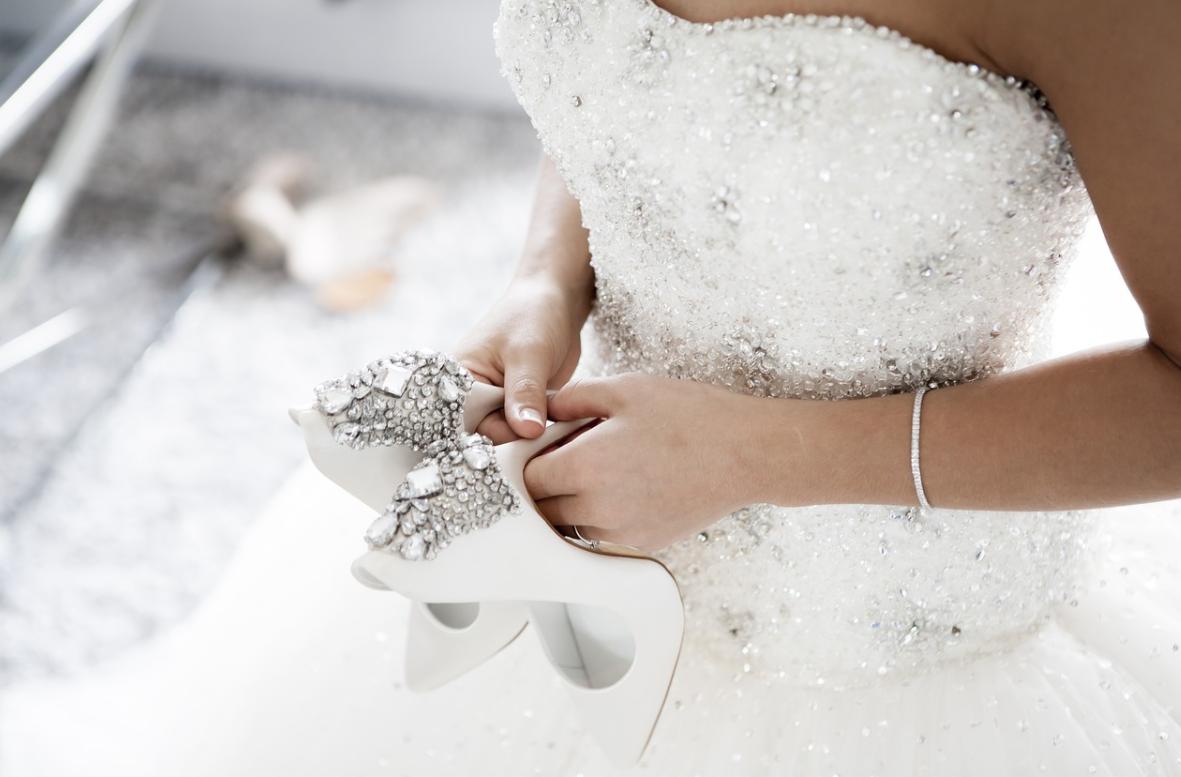 nevěsta a boty